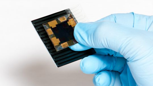 Flexible solar cell developed by MiaSolé and Solliance